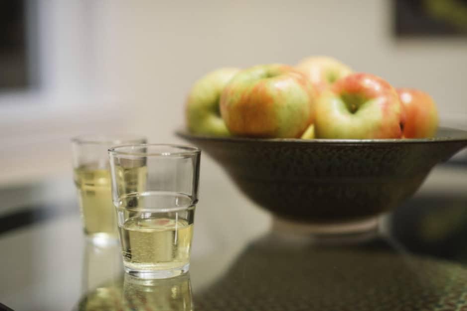 cider-drinking